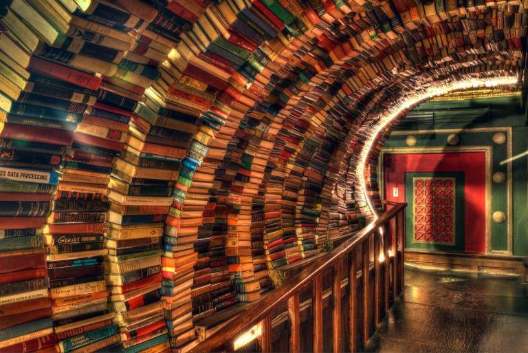 The Last Bookstore Los Angeles Достопримечательности Лос-Анджелес Последний книжный магазин