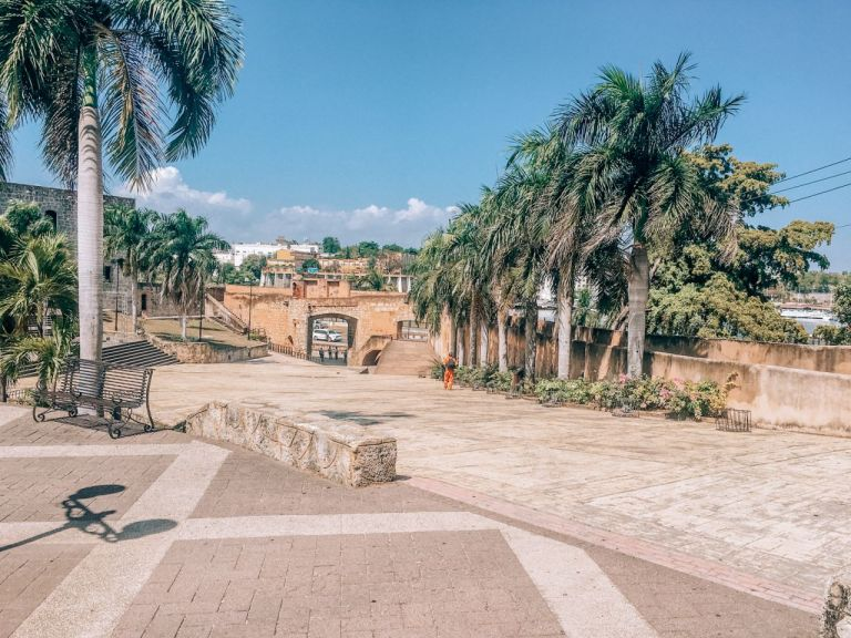 Санто-Доминго. Испанская площадь