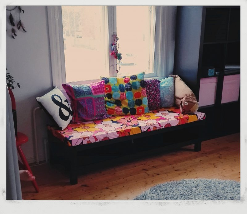 day bed kids room2