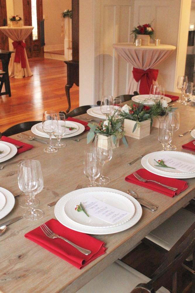 farm table Christmas dinner; dinner party table decor; Christmas dinner party at home; rustic Christmas decor