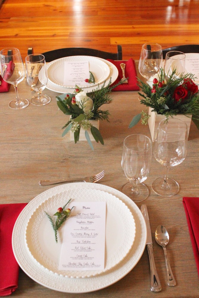 dinner party place setting and menu; Christmas dinner party at home; rustic Christmas decor