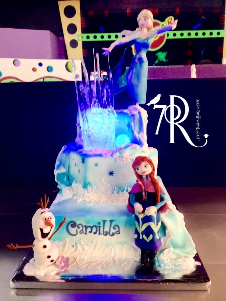 Frozen Character Cake