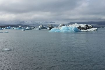 austin horne letter from the guest editor iceberg climate change