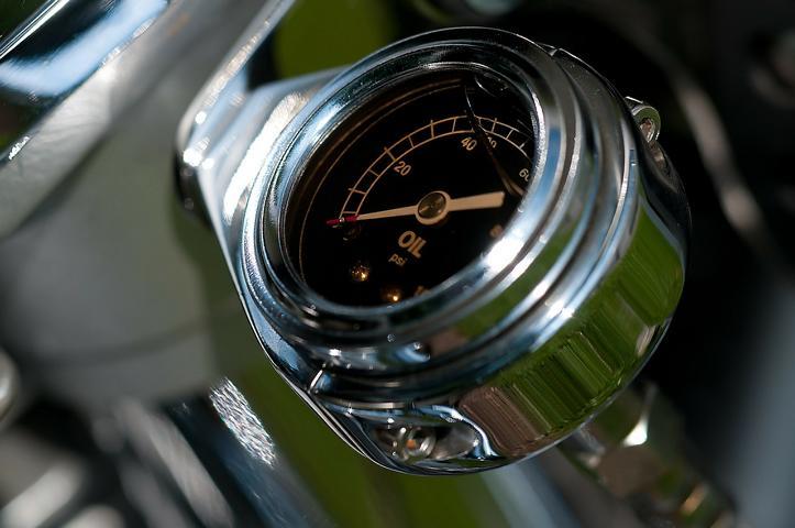 oil-temperature-gauge