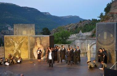 (Bulgarian) Билетите за оперния фестивал в Белоградчик са в продажба