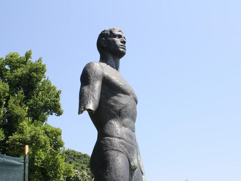 """Статуята """"Плувеца"""" във Видин ще бъде възстановена"""