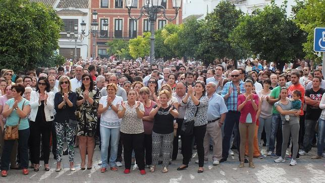 Más de mil vecinos protestan contra la inseguridad ciudadana