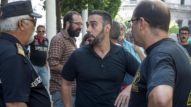 La connivencia del portavoz de Facua, Rubén Sánchez, en las facturas falsas de UGT