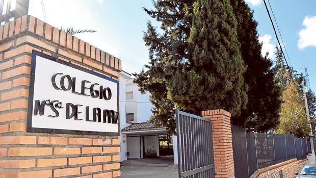 Resultat d'imatges de Expulsan a cuatro alumnos del colegio tras la presunta violación de un niño de 9 años en Jaén