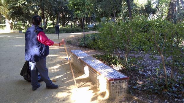 Carmen, limpiadora del parque de María Luisa de Sevilla cuya intervención fue clave en el caso