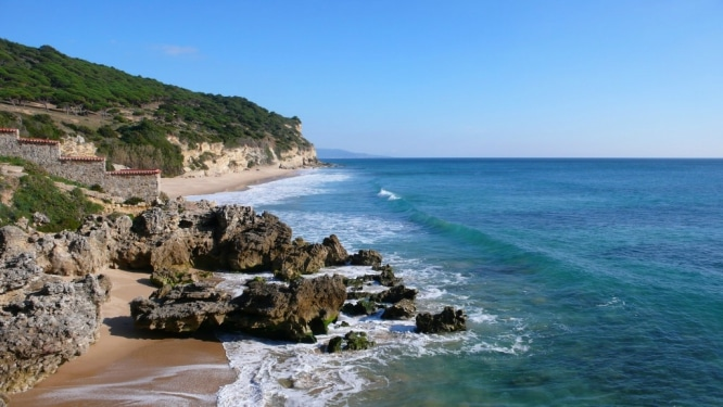 Playa-de-los-Castillejos