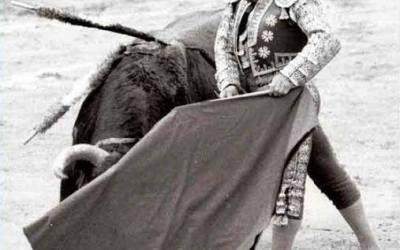 1 de diciembre de 1933: Nace en Camas Curro Romero