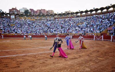 Algeciras: 2ª de Feria: Tarde triunfal de David Galván