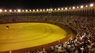 Maestranza_nocturnas_llena