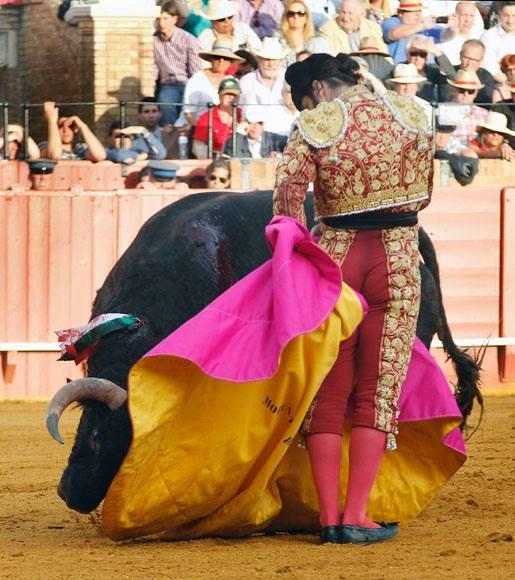Morante, el antídoto de la orfandad
