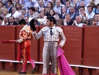 Sevilla: 2ª de abono – Los detalles de la corrida