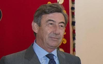 Santiago León Domecq sigue como Teniente de la Real Maestranza de Sevilla