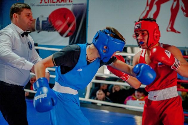 В Севастополе завершилось первенство города по боксу среди юношей 2002-2003 г.р.