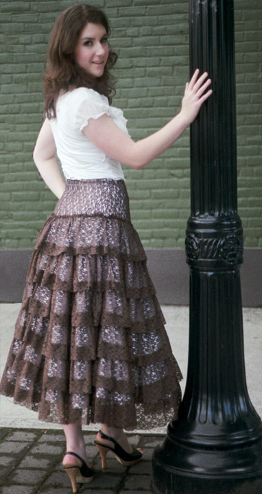 LN1209 Spin Skirt | Sew Chic Patterns