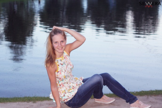 Sitting at Olympiapark-lake in Backless Top