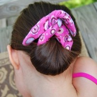 Tutorial: Sew a bun maker for easy summer hair