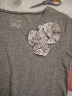 fabricflowerforyourtshirt