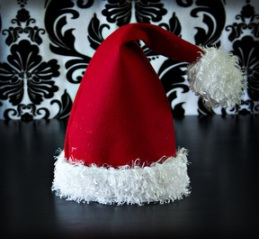 Free pattern  Fleece Santa hat – Sewing cdc0daaebf1