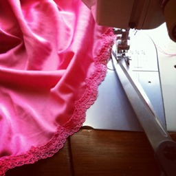 Tutorial Use Lace Trim To Hem Lingerie Fabric Sewing