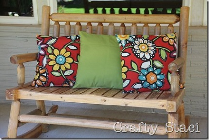 outdoor-pillows-stuffed-with-plastic-bags-crafty-staci-1_thumb