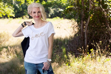gold-cord-love-t-shirt-photo2b