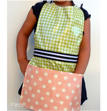 Tutorial: Child's apron from wipe-clean vinyl fabric