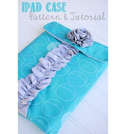 Tutorial: Ruffled iPad sleeve with a fabric flower