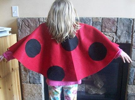 Tutorial: Ladybug costume cape