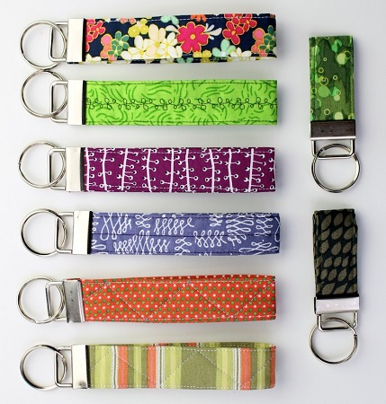 Tutorial: Quilted key fob or wristlet