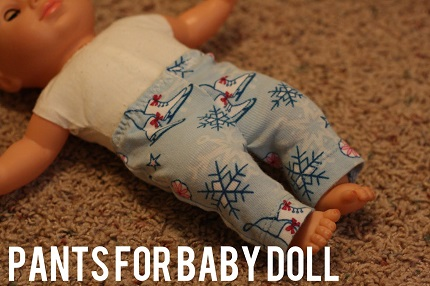 Tutorial: Baby doll pants from a t-shirt sleeve