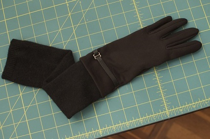 Tutorial: DIY long arm gloves to keep the cold out