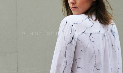 Tutorial: Marble painted blouse