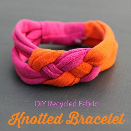 Tutorial: Knotted bracelet made from t-shirt knit scraps