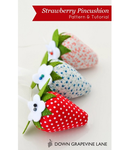 Free pattern:  Strawberry pincushion