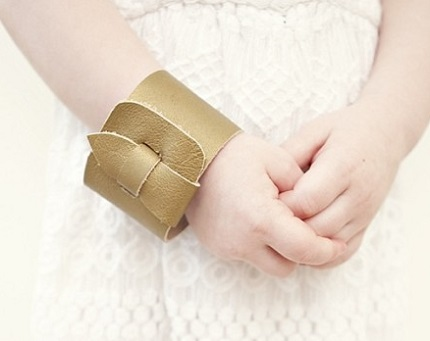 Tutorial: Simple leather cuff