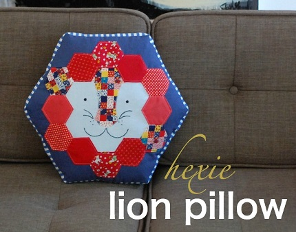 Tutorial: Hexie lion pillow