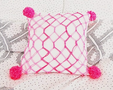 Tutorial: Modern macrame pillow