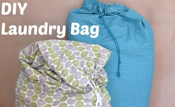 Tutorial: DIY laundry bag from 2 pillowcases