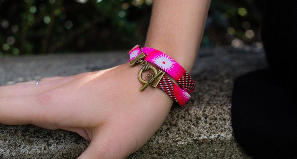 Tutorial: Bias tape wrap bracelets