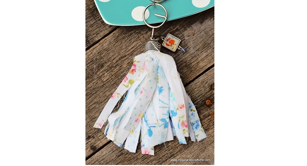 Tutorial: Easy no-sew vintage fabric tassel key chain