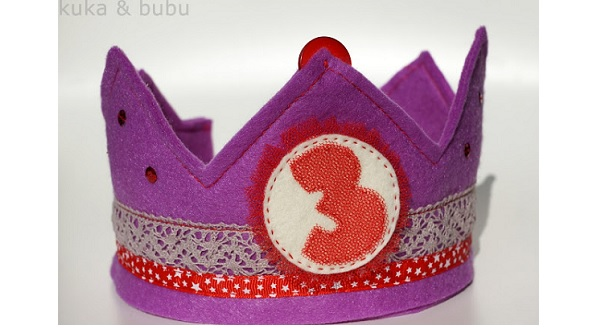 Free pattern: Felt birthday crown with interchangeable numbers