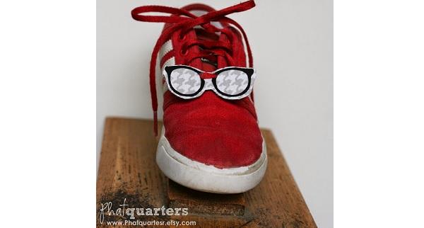 Tutorial: No-sew fabric shoe charms