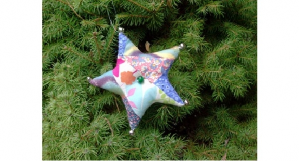 Tutorial: Patchwork fabric star ornament