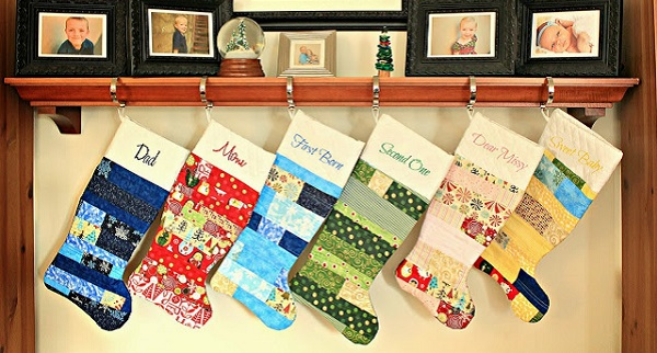 Tutorial: Scrappy patchwork Christmas stockings