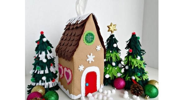 Tutorial: Felt gingerbread house tissue cover or softie